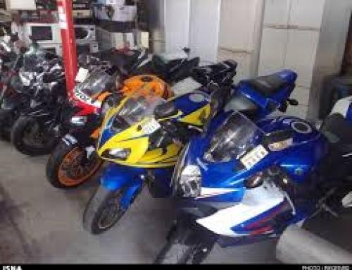موتورسواری زنان منع شرعی و قانونی ندارد